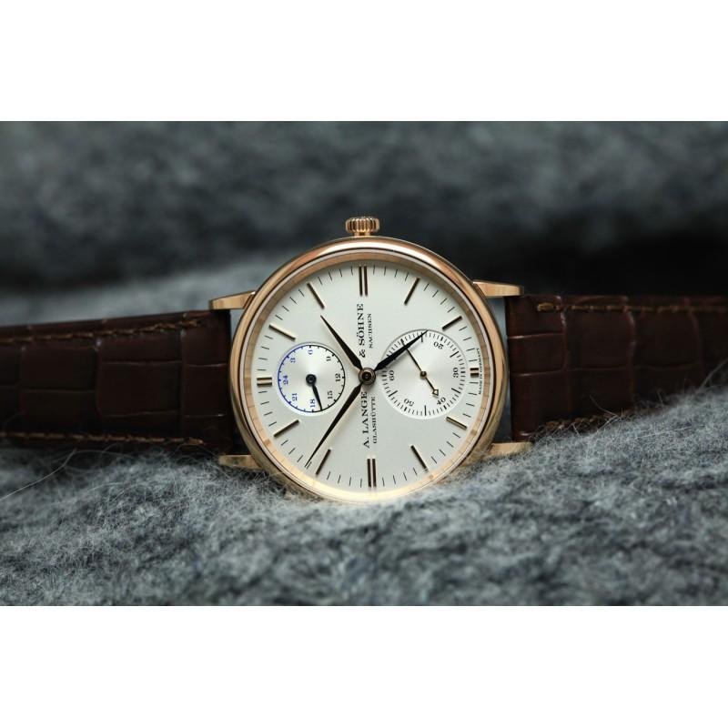 A. Lange & Sohne [全新] 386.032 Saxonia Dual Time 38.5mm Mens Watch (Retail:EUR 27.300)