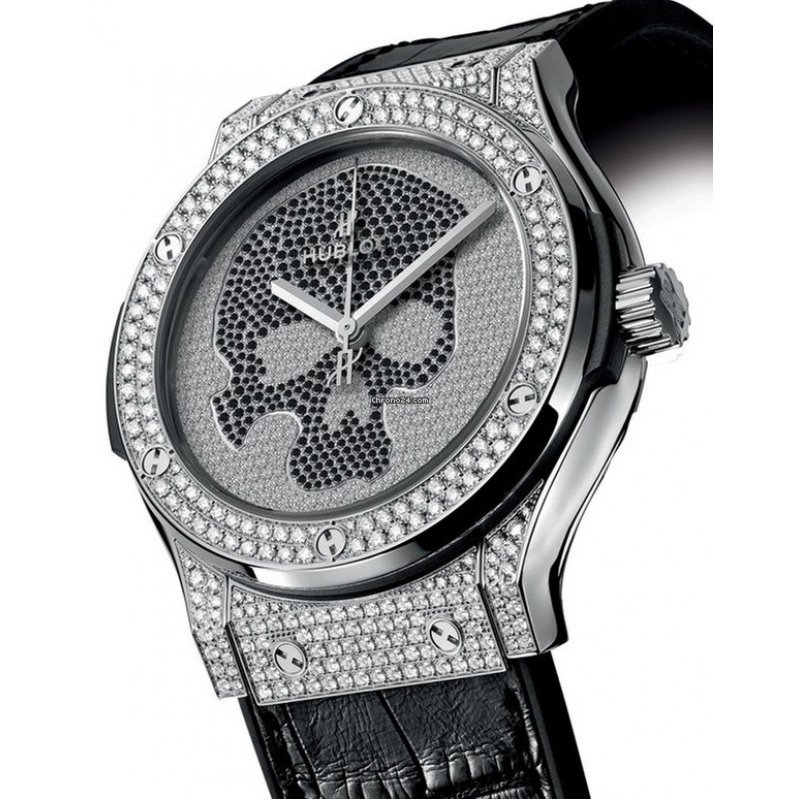 Hublot [NEW & RARE] Classic Fusion Titanium Skull Pave Diamond Mens Limited Edition of 50 Pieces (Retail:HK$351,200)