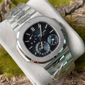 """Patek Philippe [2019 NEW] Mens Stainless Steel """"Nautilus"""" 5712/1A Blue Dial Watch"""