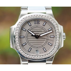 Patek Philippe [NEW] Ladies Nautilus 7008/1A-011 Silver Dial - SOLD!!