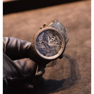 Roger Dubuis [NEW] Automatic Skeleton RDDBEX0473 Titanium (Retail: EUR 62300)