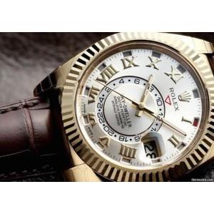 Rolex [NEW] Sky Dweller 326138 Silver Dial 18kt Yellow Gold (Retail:HK$296,200)