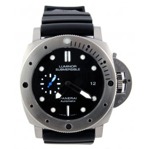 Panerai NEW-全新 PAM 1305 Luminor Submersible 1950 3 Days Titanio (Retail:US$7,400)